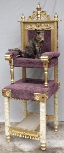 sq-paws-royal-throne-001